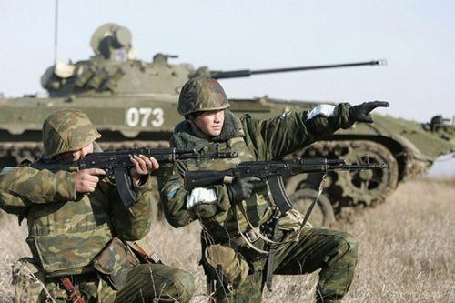 Русия провежда военни учения