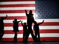 Проучване показа: Почти половината американци виждат заплаха в лицето на собственото си правителство