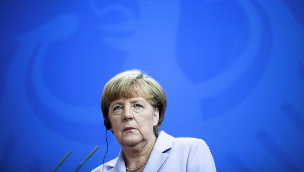 Денис Макшейн: Извинявай, Ангела Меркел, но вече трябва да си ходиш