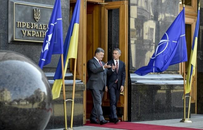 Захарченко: При опит на Киев да влезе в НАТО, ДНР ще пристъпи към освобождаване на Донбас