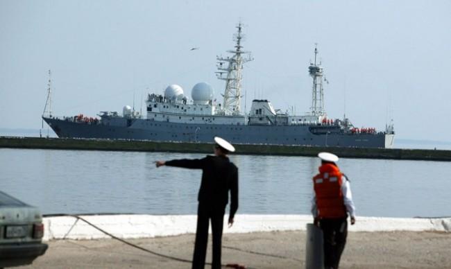 ВМФ на РФ изпрати разузнавателен кораб към бреговете на Сирия