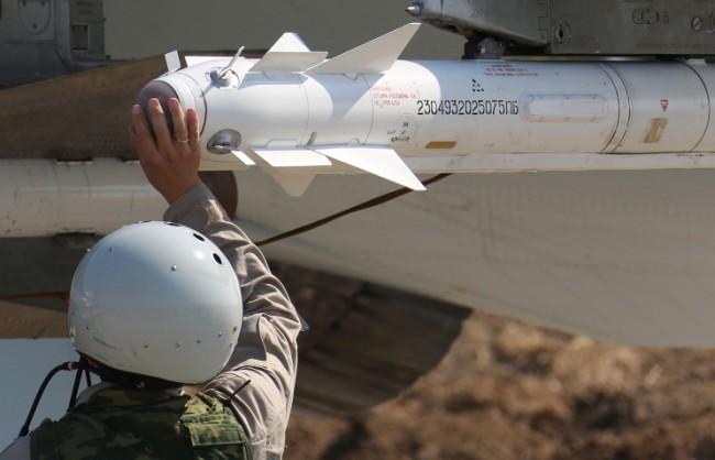 """НАТО призова РФ """"да прекрати ударите срещу умерената опозиция"""""""