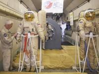 Руски космонавти ще стъпят на Луната до 2030 г.
