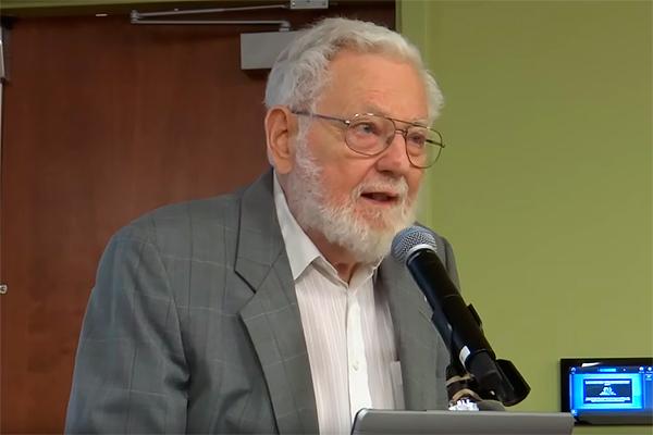 Американски политолог: САЩ и досега не са се отучили да свалят правителства