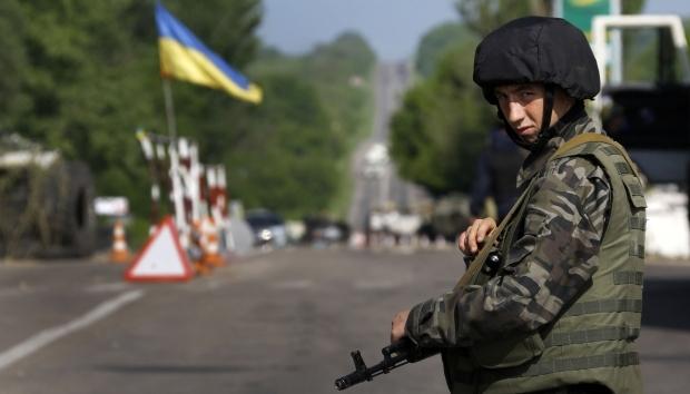 Киев започва изтеглянето на артилерията