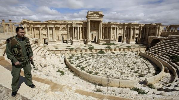 """Терористи на """"Ислямска държава"""" екзекутираха 3-ма сирийци от Палмира"""