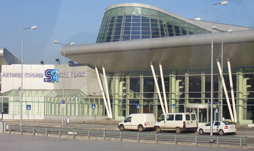 Сигнал за бомба затвори Летище София