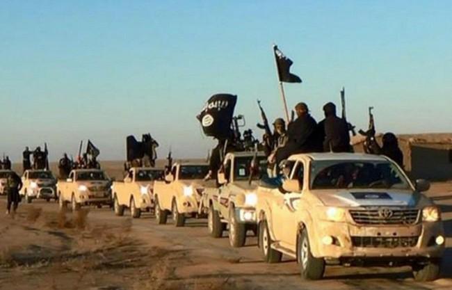 """В Toyota не знаят как хиляди техни джипове са попаднали в """"Ислямска държава"""""""