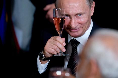 Владимир Путин назова условията за издигане на кандидатурата му за президентските избори през 2018 г. Снимка: AP.