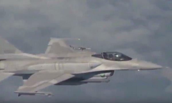 Руски самолети вдигнаха по тревога четири US изтребителя