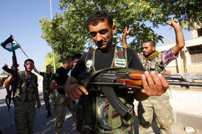 """САЩ въоръжават """"умерената"""" арабска опозиция"""