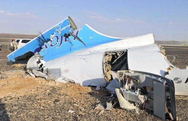 Какво се е случило в небето над Синай: Експерти за вероятните причини за катастрофата на руския самолет
