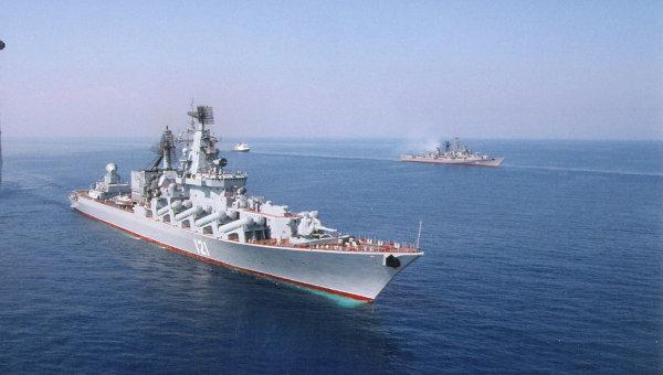 """В отговор на свалянето на Су-24 в Сирия РФ прехвърли в Латакия ракетния крайцер """"Москва"""" и ракетни системи С-400"""