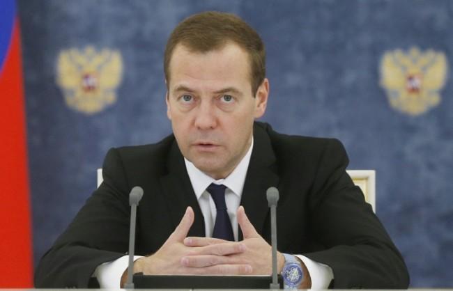 Медведев за забраната за полетите на руските самолети в Египет: Няма да е за кратко