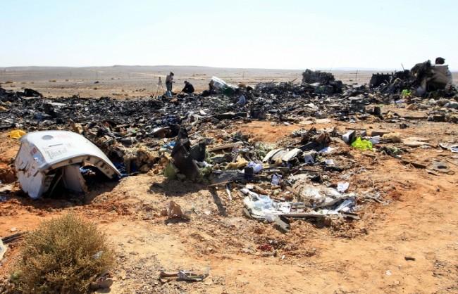 Източник: На мястото на катастрофата на А321 са открити елементи, които не са част от конструкцията му