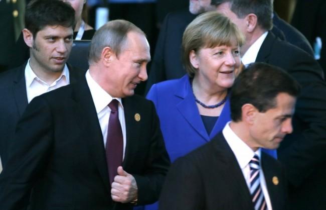 В Анталия се проведе среща между Путин и Меркел