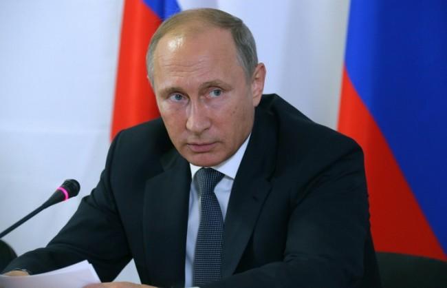 Путин подписа указ за временна забрана на полети от Русия към Египет