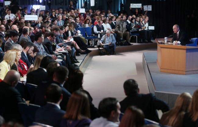 Традиционната голяма пресконференция на Путин ще се проведе на 17 декември