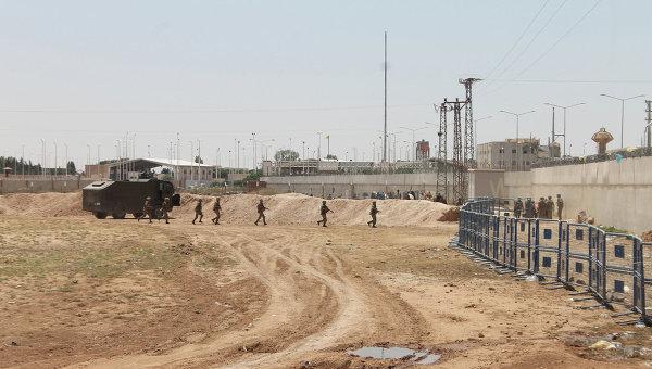 Турски медии: Турция е изпратила 20 танка към сирийската граница