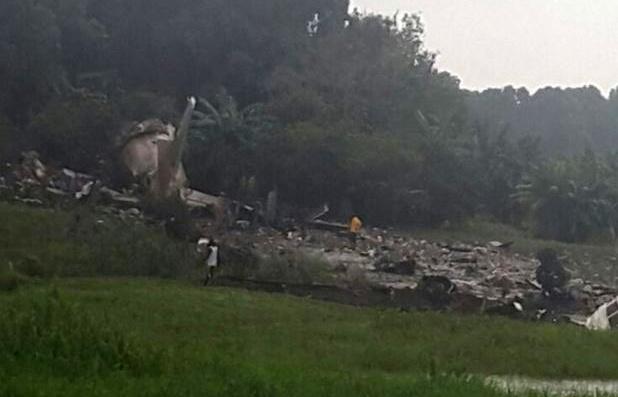 Над 40 души загинаха при катастрофа на товарен самолет в Южен Судан