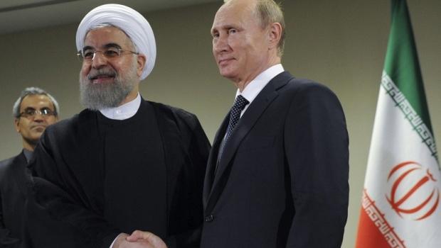 Владимир Путин вдигна забраната руски фирми да доставят ядрено оборудване в Иран
