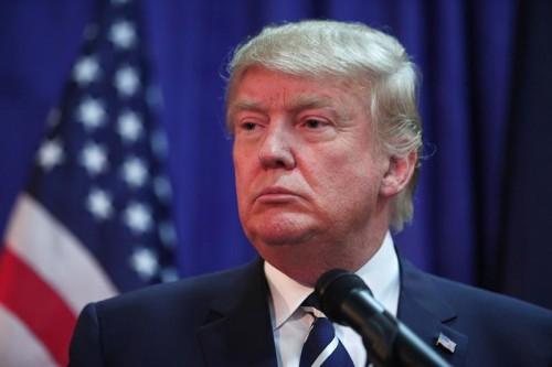 """Доналд Тръмп издаде нова книга за """"сакатата Америка"""""""