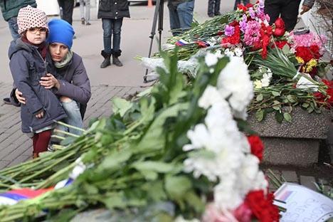 Солидарност с французите изразиха и обикновените руснаци. Снимка: ТАСС.