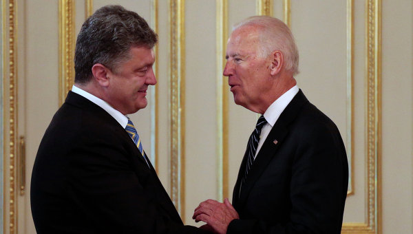 Пушков за контактите между Байдън и Порошенко: Безплоден съюз