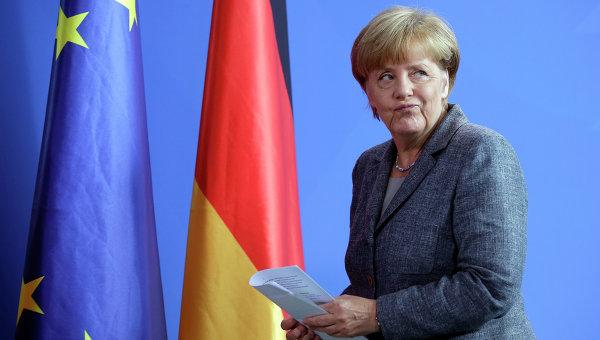 """DWN: """"Високите морални принципи"""" на Меркел – нищо повече от PR"""
