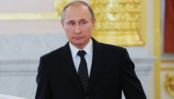 Путин даде руско гражданство на баронеса от Франция