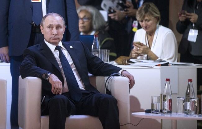 Путин: РФ счита, че Су-24 е свален, за да се обезопасят доставките на незаконен петрол от Сирия за Турция