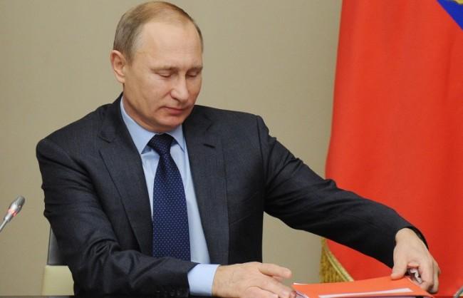 Путин: Споразуменията между РФ и Казахстан позволиха на икономиките на двете страни да избегнат удара