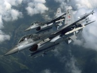Шест турски изтребители летяха 30 минути над Гърция