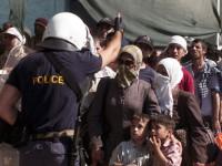 Безредици и гумени куршуми на протест срещу мигранти в Холандия