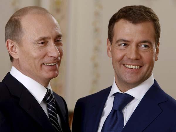 Експерти за интервюто на руския премиер: Тандемът Медведев-Путин е жив