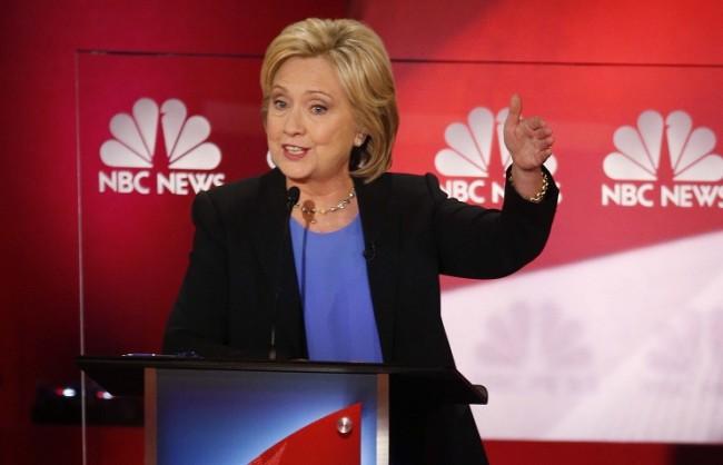 Хилъри Клинтън: Ново презареждане на отношенията с РФ е възможно