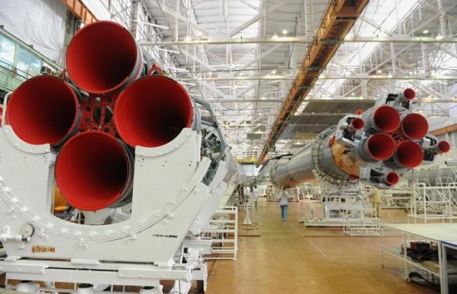 """""""Роскосмос"""" създава космически двигатели, функциониращи на базата на електролиза на вода"""