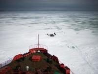 Американски сенатори: САЩ се нуждае от ледоразбивач за $1 млрд., за да се противопостави на Русия в Арктика