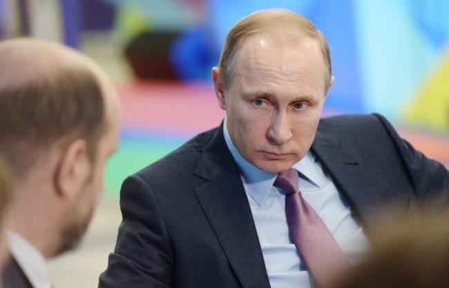 """The New York Times: По време на управлението си Бил Клинтън отбелязал """"огромния потенциал на Путин"""""""