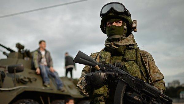 """През 2016 г. ВС на Русия ще получат над 50 хил. комплекта от екипировката """"Ратник"""""""