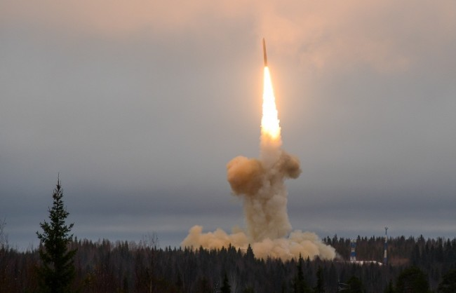 Русия планира 16 изпитания на междуконтинентални балистични ракети през 2016 г.