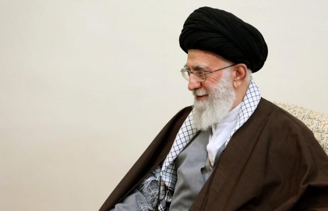 Хаменей: Внимавайте за хитрините на американците