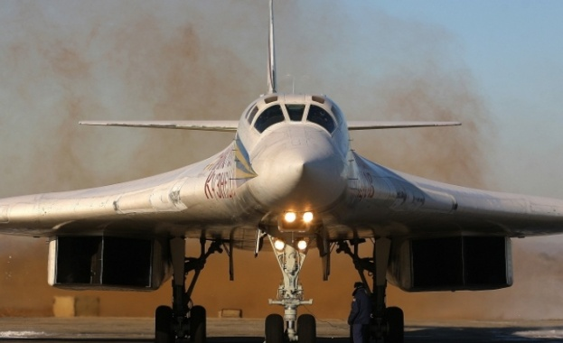 Девет модернизирани бомбардировача ще получи Руската армия през 2016 г