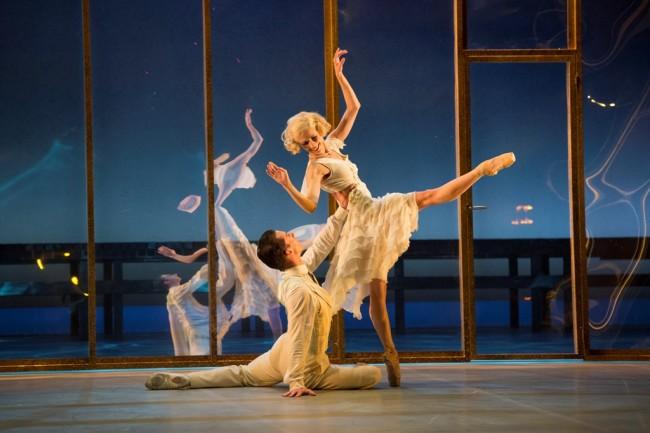"""""""Езикът на танца е универсален"""" Американският хореограф Дуайт Роден с балетната постановка """"Великия Гетсби"""" за първи път в България"""