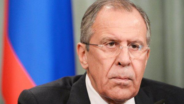 Лавров: Трябва да се прекъсне контрабандният поток от оръжие и терористи в Сирия