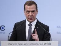 Медведев: Русия не планира безкрайна операция на сирийска територия