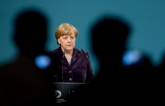 Меркел: Европа ще продължи санкциите срещу Русия