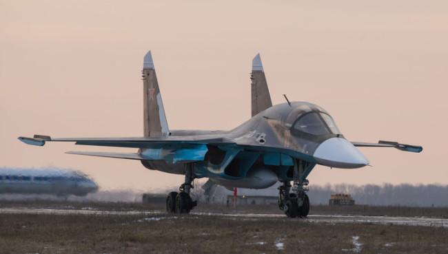 Нов Су-34 ще бъде кръстен в чест на сваления в Сирия руски пилот