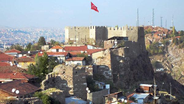 Турският министър на отбраната: Турция не възнамерява да изпраща войски в Сирия