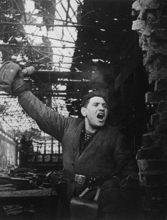2 февруари – Денят на  разгрома на хитлеристките войски при Сталинград